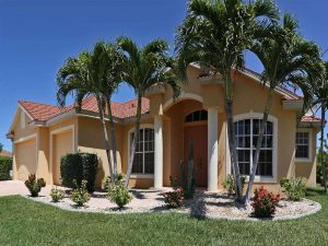 Haus Cape Coral: Immobilien Expose Cape Coral: Möbliertes Haus mit Pool am Gulf Access Kanal