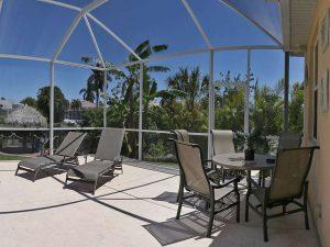 Hausmakler Cape Coral: Immobilien Cape Coral Expose: Möbliertes Haus mit Pool am Gulf Access Kanal