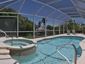 Haus Cape Coral - Luxusvilla am Kanal Cape Coral kaufen, Immobilien, Immobilienmakler, Hauskauf, Wohnungskauf, Immobilienkauf Cape Coral