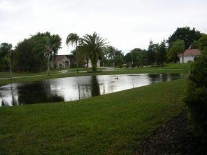 Immobilien Bonita Springs: Einfamilienhaus mit separater Wohnung in Bonita Springs zu verkaufen - Haus Bell Villa