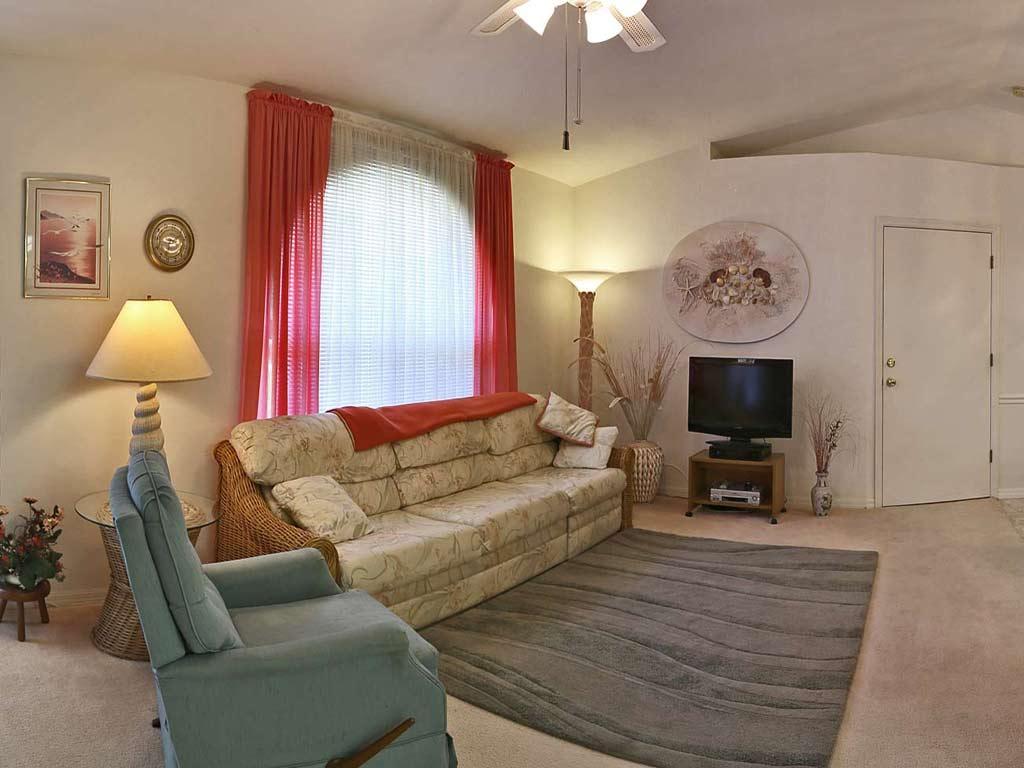 Living house immobilien florida kaufen deutscher for Innendekorateur berufsbild