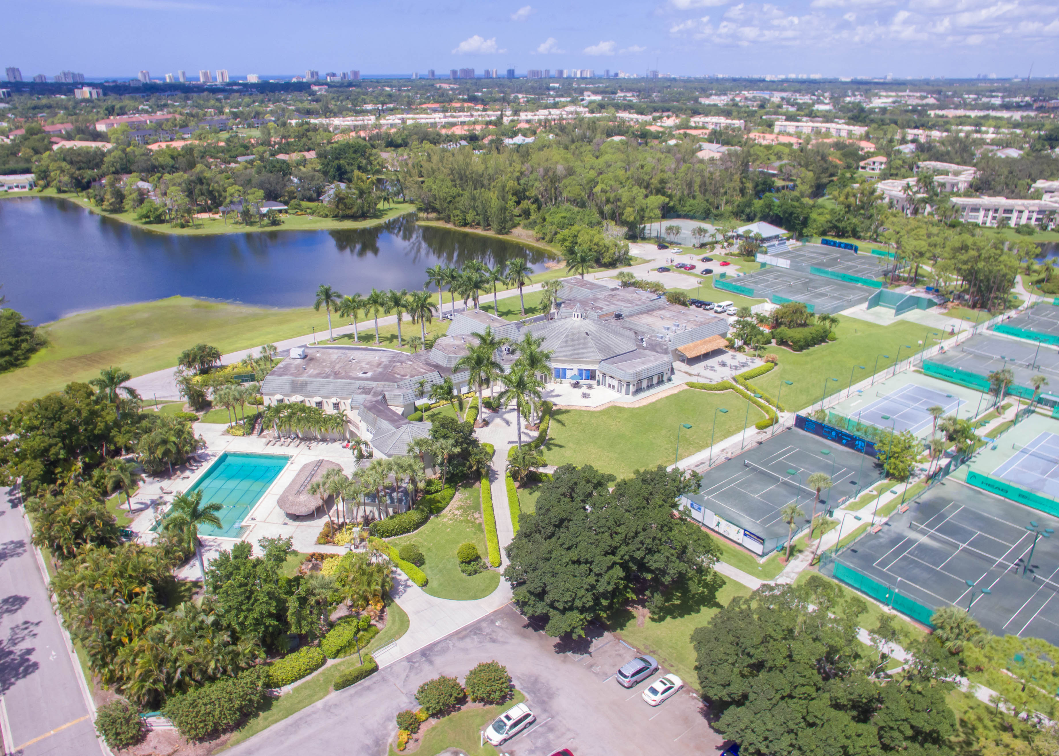 Naples bath and tennis club immobilien florida kaufen for Innendekorateur mieten