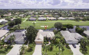 Haus am Golfplatz Bonita Springs kaufen - Spanish Wells - Immobilien Bonita Springs - Moebliertes Haus am Golf Platz zu verkaufen