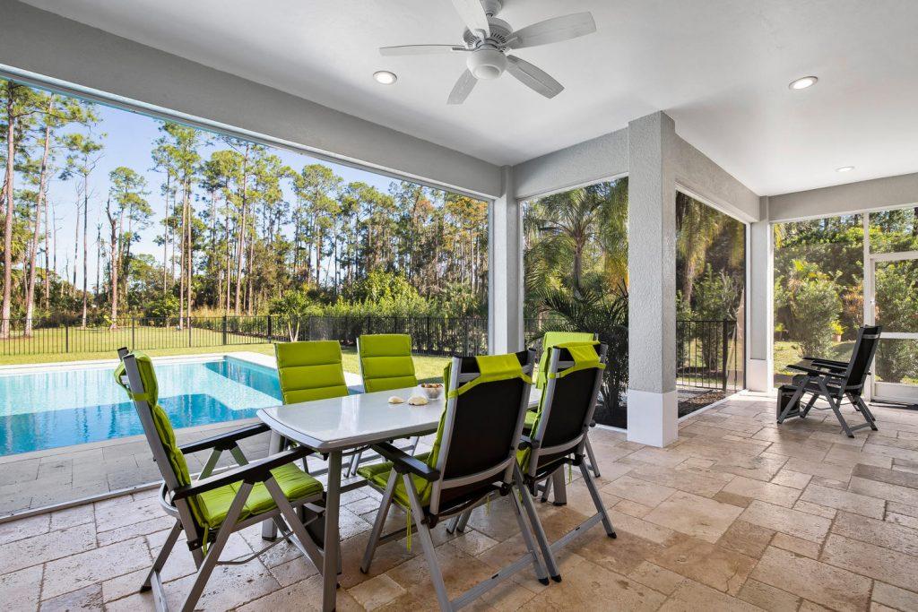 Haus Naples kaufen auf ueber 4000 qm Grundstuecksflaeche - Immobilien Florida - Posh International Properties