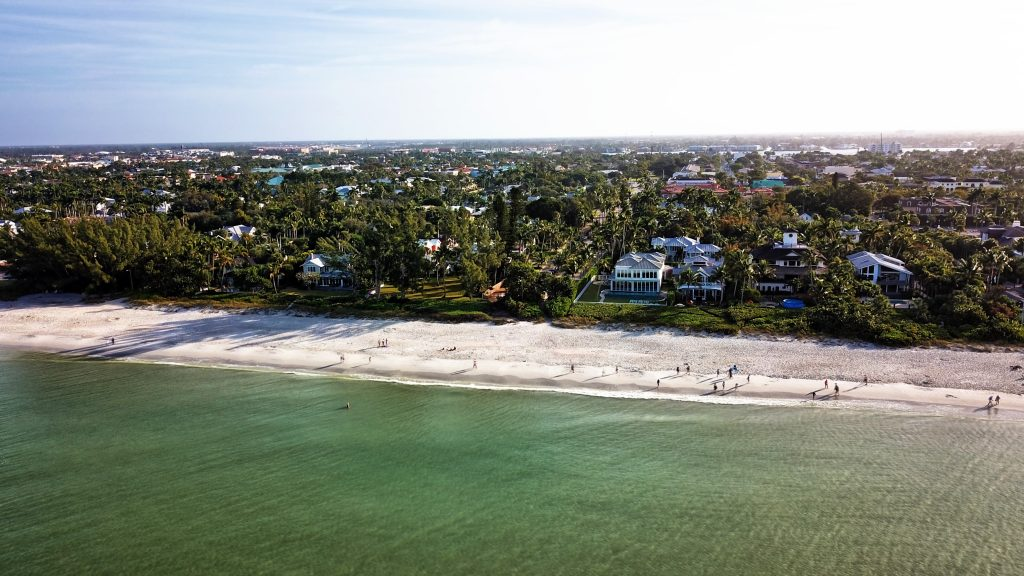 Haus am Meer Florida kaufen, Strandhaus Naples, Bonita Springs, Fort Myers Beach, Sanibel, Marco Island, Posh International Properties - Immobilien Florida, Deutscher Makler